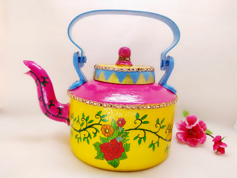 Kettle - Handpainted Flower Design with Tea Cups - Ahaeli