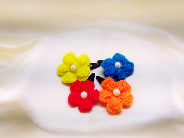 Daffodils Crochet Tic Tacs With Pearl - Set of 4 - Ahaeli