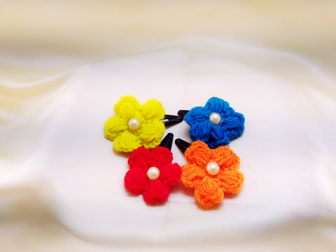 Daffodils Crochet Tic Tacs With Pearl - Set of 4