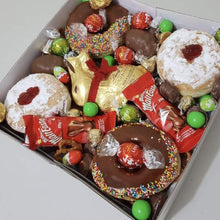 Load image into Gallery viewer, Easter donut box
