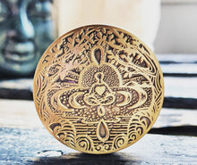 Load image into Gallery viewer, mantra-medallion-i-am-love-gift-for-yogi-meditation-yoga