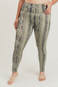 Highwaist Python Snake Print Leggings - Curvy Collection - Hustle & Hunee