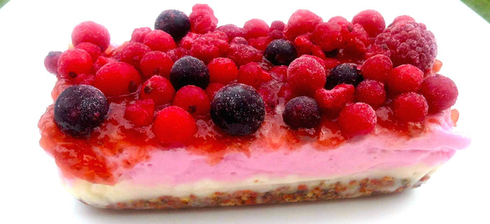 Raw Wheyhey Summer Berry Cheesecake