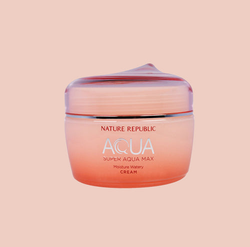 Super Aqua Max Moisture Watery Cream is a famous Korean hydrating cream.