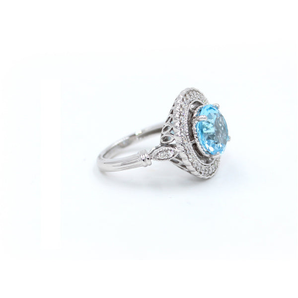 Azure Halo Aquamarine Ring with Diamonds