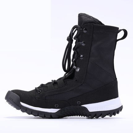 Outdoor climbing hiking boot
