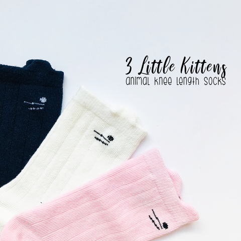KNEE-LENGTH SOCKS - 3 LITTLE KITTENS