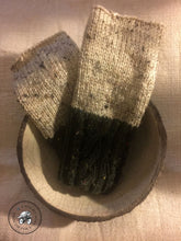Load image into Gallery viewer, Fingerless Mitts – Forest Tweed Vegan Mitts