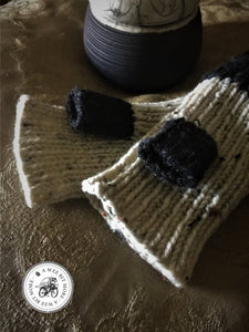 Black & Oatmeal Fingerless Mitts, Vegan