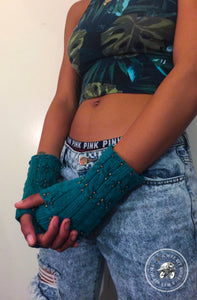 PATTERN Eartha Beaded Cabled Fingerless Mitts, Vegan
