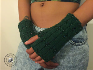 Fingerless Mitts – Eartha with Beads & Cables