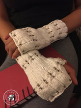 Load image into Gallery viewer, PATTERN Eartha Beaded Cabled Fingerless Mitts, Vegan