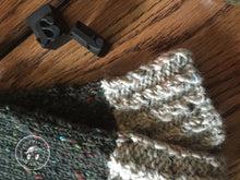 Load image into Gallery viewer, Harvest Twist Fingerless Mitts – The Harvest Twist Collection