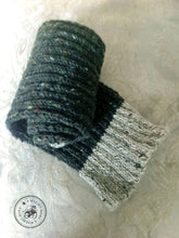 Load image into Gallery viewer, PATTERN Harvest Twist Muffler/Scarf