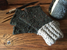 Load image into Gallery viewer, PATTERN Harvest Twist Fingerless Mitts