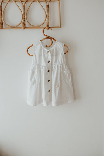 Oshkosh white dress size 9-12 mths