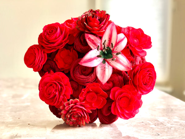 Dozen & Half Mixed Red Flower Bouquet Standard with Premium Pink Lily