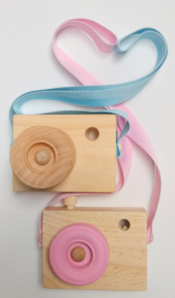 Blossom & Bee Kids Wooden Toy Camera - Pink