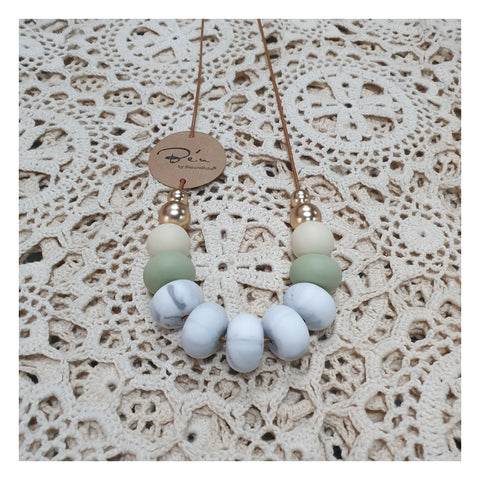 Nature Bubz BeU Goddess Silicone Necklace - Mint with Gold Beads