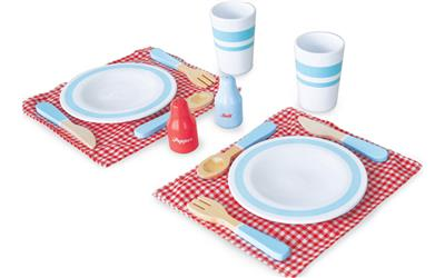 Wooden Dinner For Two Set