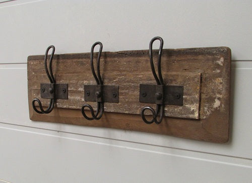 3 HOOK WALL RACK