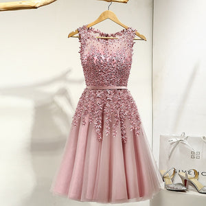 Elegant Knee Length Appliques Beads Dress