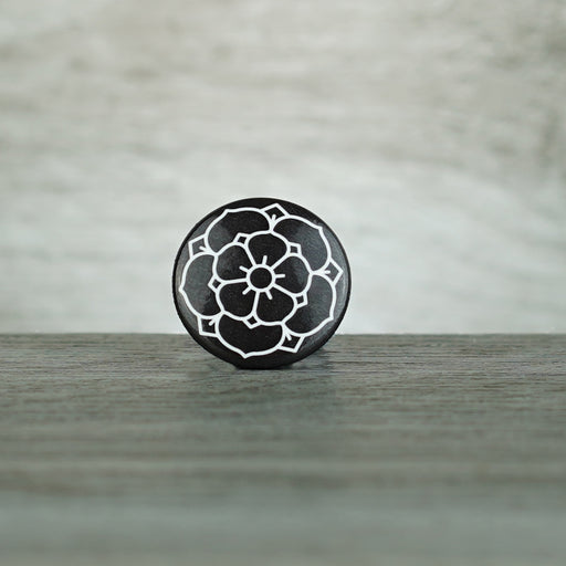 Button - BRNLY Rose Black