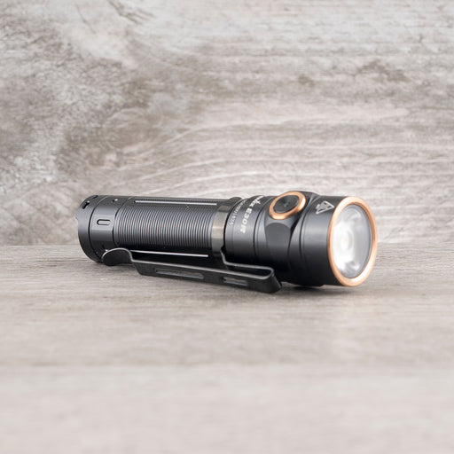 E30R Rechargeable Flashlight - Black