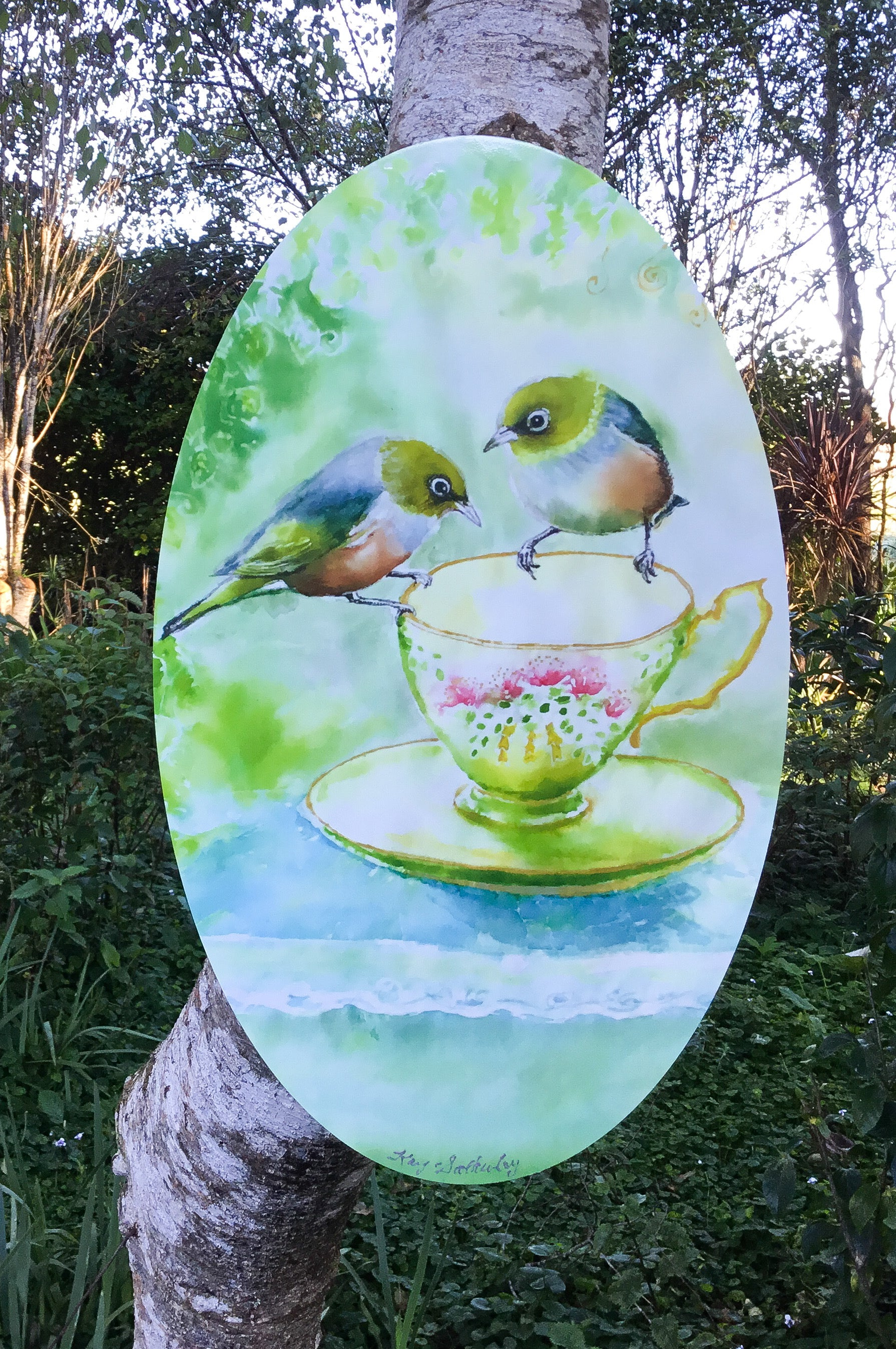 SilverEyes or WaxEyes (Tauhou) - Oval Outdoor Art