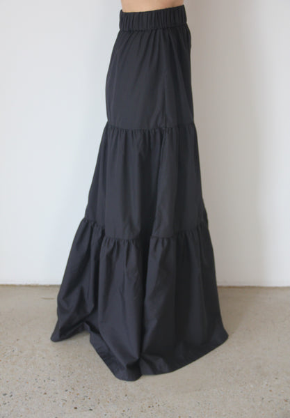 Black Long Fairwell Skirt