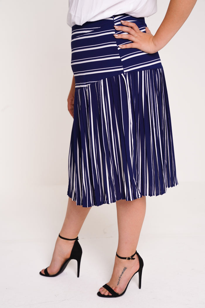 UNIQUE21 HERO Blue And White Pleated Midi Skirt