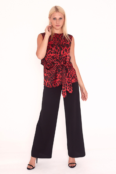 Red Leopard Sleeveless Tie Front Top