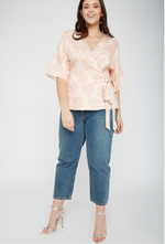 UNIQUE21 HERO Jacquard Wrap Top in Pink