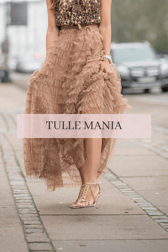 TULLE MANIA