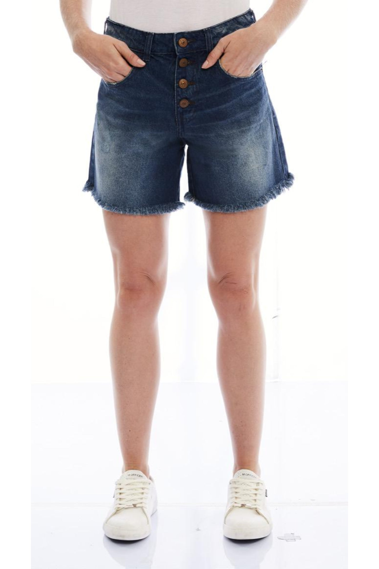 SHORTS JEANS DARK BLUE BOTÕES C4