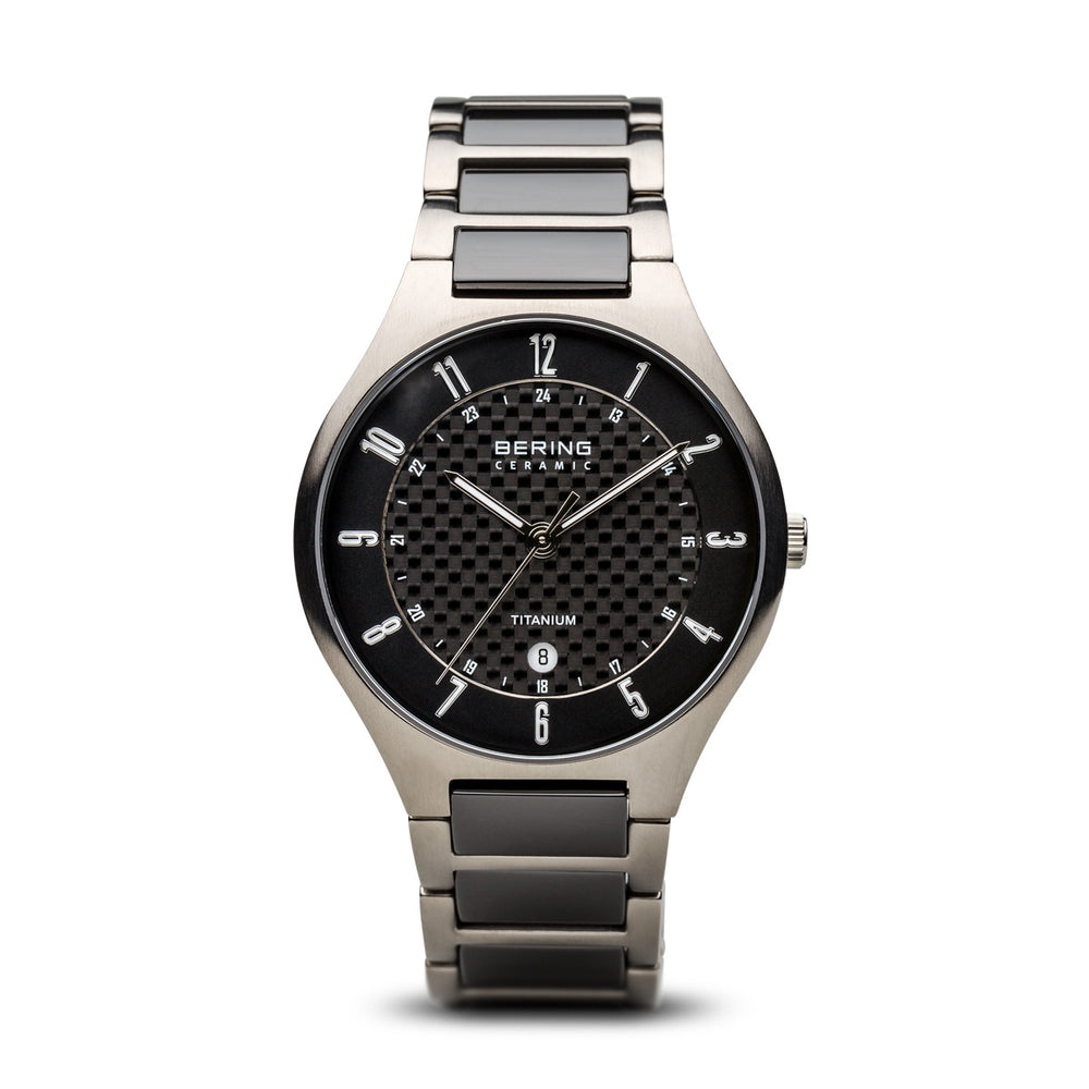 Titanium Slim Watch With Scratch Resistant Sapphire Crystal 11739-702