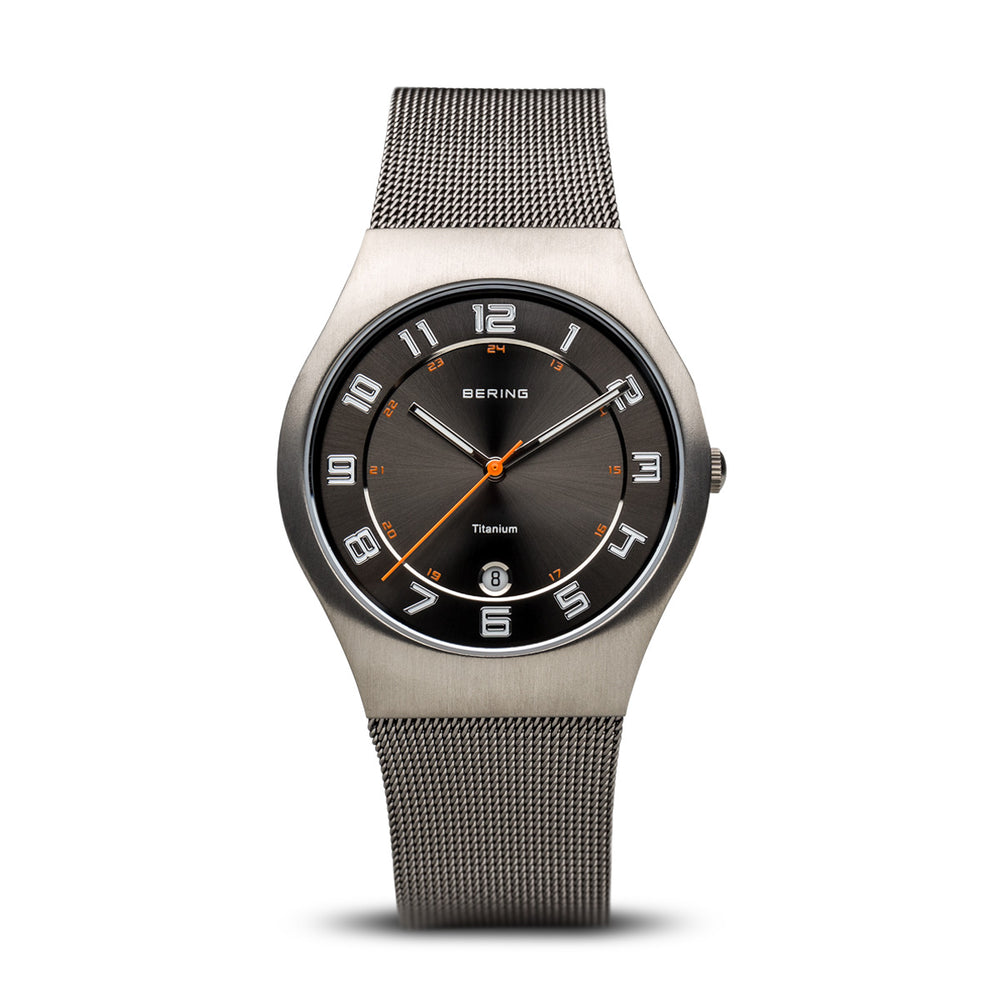 Titanium Slim Watch With Scratch Resistant Sapphire Crystal 11937-007