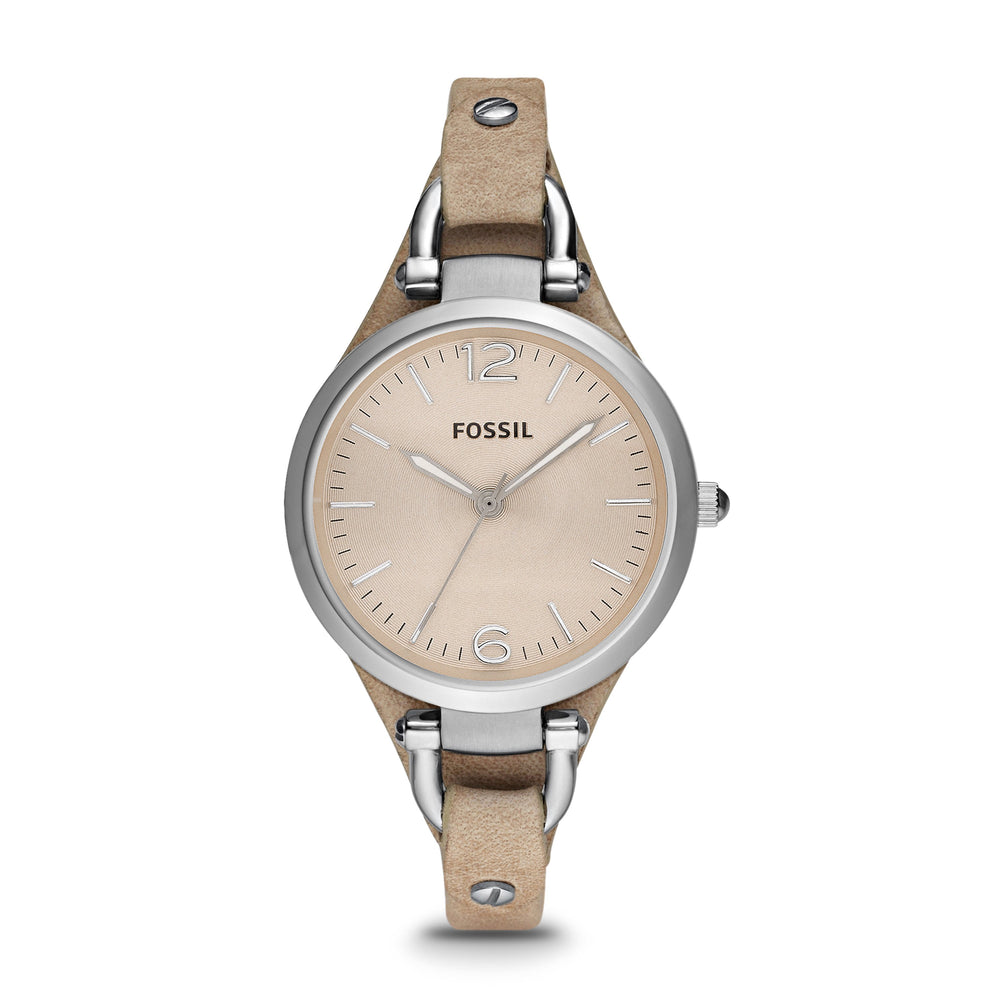 The tan genuine leather strap matches the beige face of the watch impeccably and the silver tone stainless steel case, connectors, and accents add a layer of sophistication.