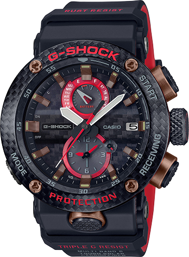 This tricolor watch incorporates red, brown, and black expertly to create a utilitarian look with large white hands to make for easy readability.