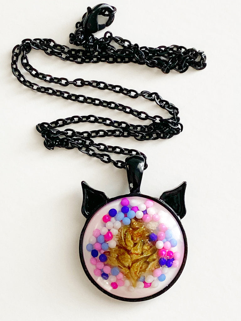 Jawbreaker Bud Kitten Necklace