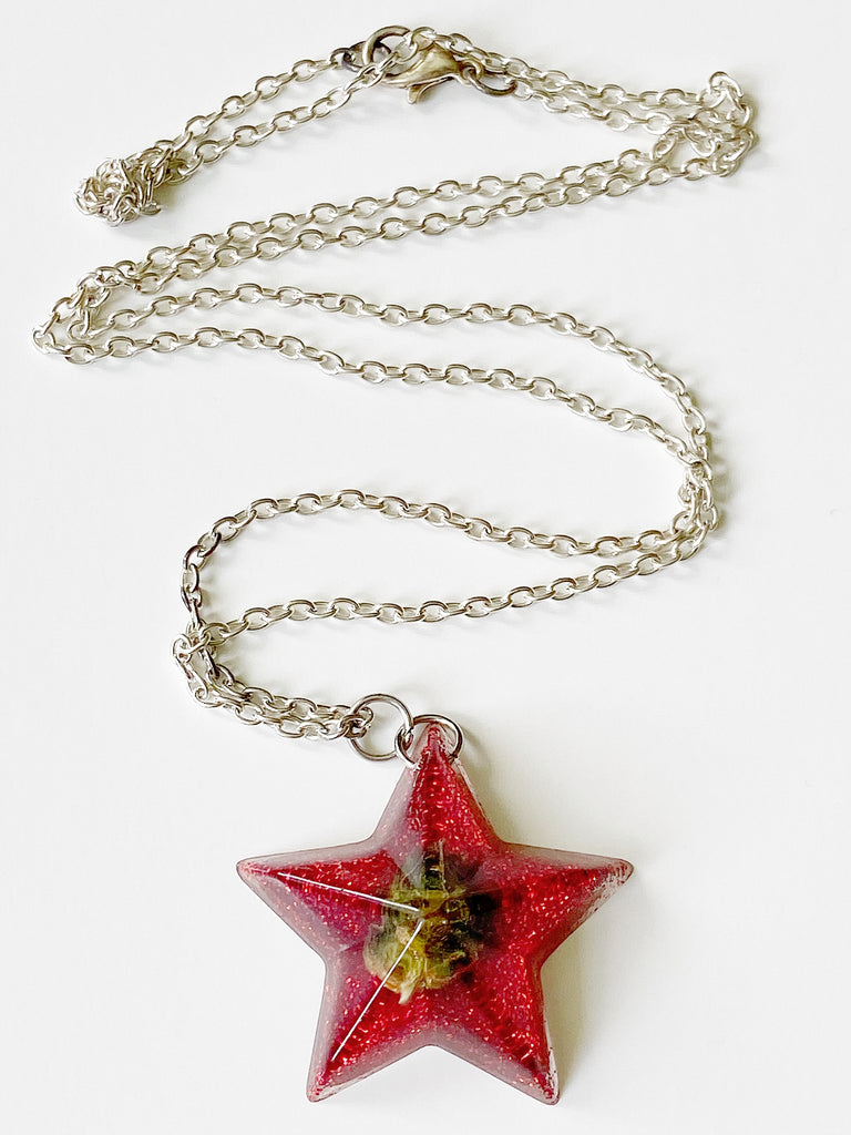Red Star Bud Necklace