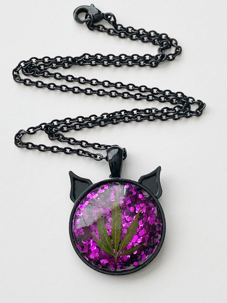 Voodoo Bud Kitten Necklace
