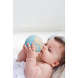 oli-&-carol-earthy-the-world-ball-teether- (43)