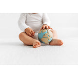 oli-&-carol-earthy-the-world-ball-teether- (10)