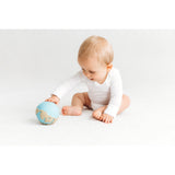 oli-&-carol-earthy-the-world-ball-teether- (11)