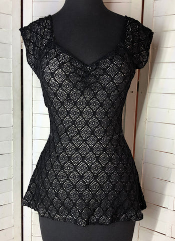 Anthropology Deletta Lined Black Lace Cap Sleeve Blouse Shirt size M