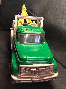 Vintage Hubley Mighty Metal Green White & Yellow Tow Truck