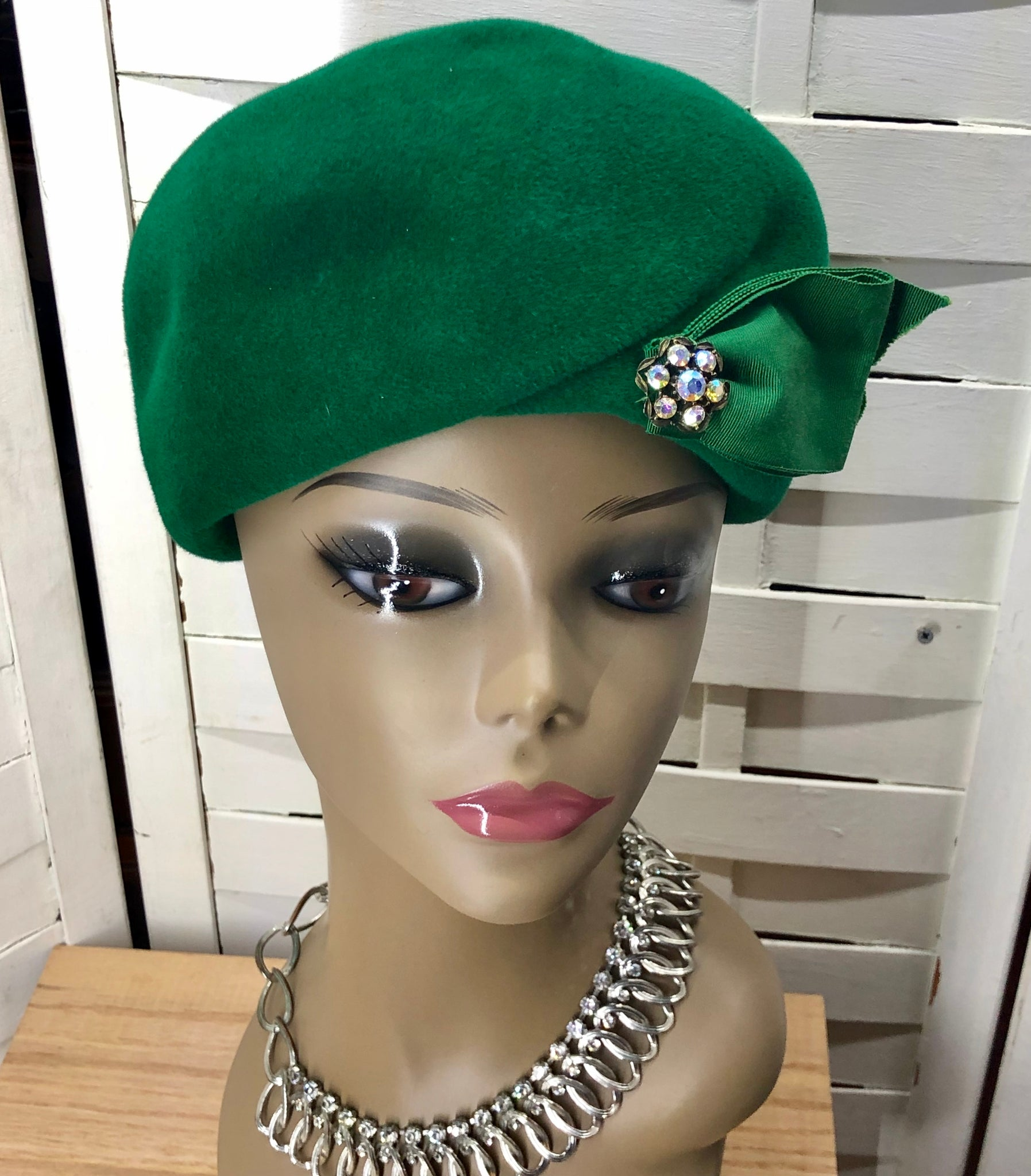 Vintage Green Cloche Hat with Rhinestone Accent