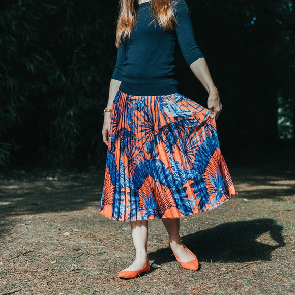 How to make a beautiful pleated skirt?