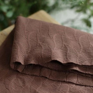 Organic leaf jacquard - Dust brown - € 25,9 / m